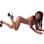 Anita Freizeithure mit sexy Figur Striptease vor dem Sex Escort Berlin