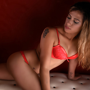 Dora Top Hure Full Escortservice Berlin AV Domina