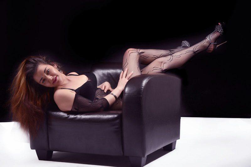 Sie sucht ihn sex berlin transen whatsapp