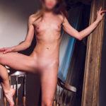 Sara Escort Callgirls aus Berlin besuchen für Sex Erotik Haus Hotel