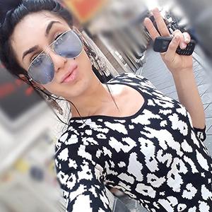 Trans Amanda Escort Shemale Berlin mit Titten TS Girl Haus Hotel bestellen